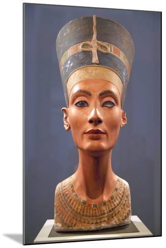 Bust of Nefertiti--Mounted Photographic Print