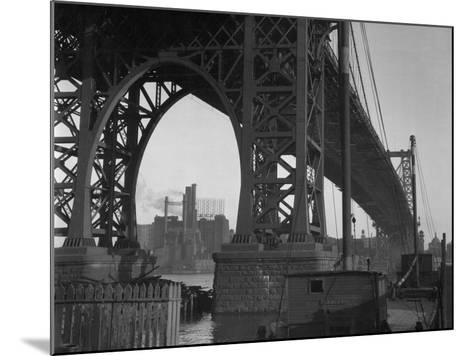 Williamsburg Bridge Spanning East River-Philip Gendreau-Mounted Photographic Print