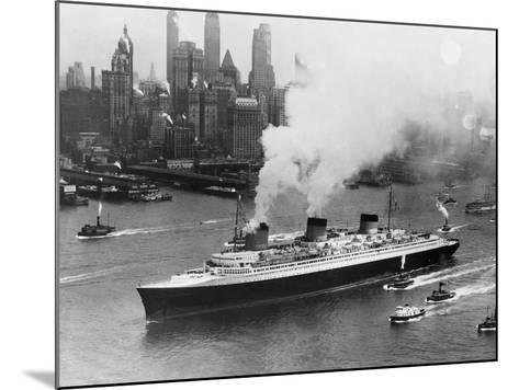 SS Normandie in New York Harbor--Mounted Photographic Print
