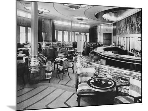 Cocktail Bar of the Queen Mary--Mounted Photographic Print