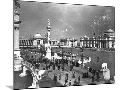 Visitors Strolling at Chicago Exposition--Mounted Photographic Print