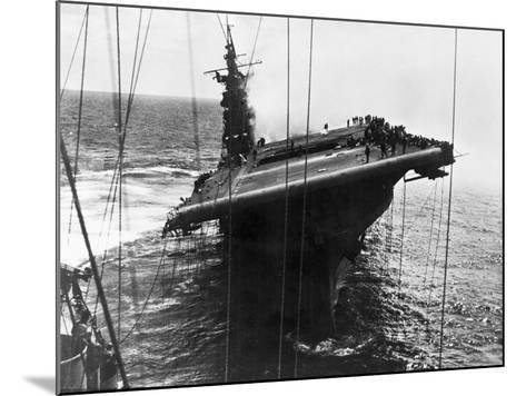 Damaged U.S. Aircraft Carrier Franklin--Mounted Photographic Print
