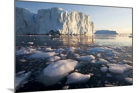 Icebergs in Disko Bay in Greenland-Paul Souders-Mounted Photographic Print