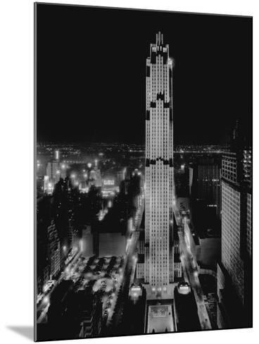 R.C.A. Building at Rockefeller Center, New York--Mounted Photographic Print