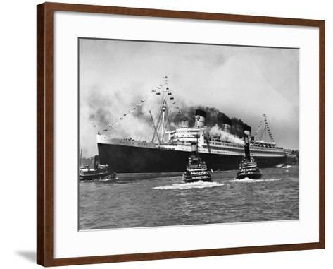 Queen Mary Surrounded--Framed Art Print