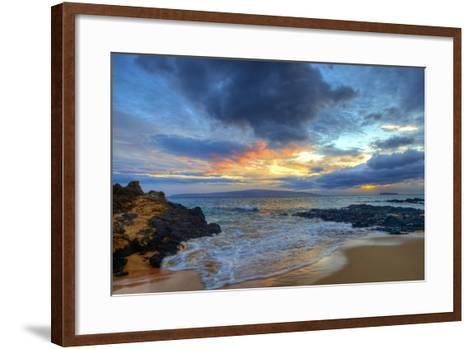 Sunset over Secret Beach at Makena on Maui-Ron Dahlquist-Framed Art Print
