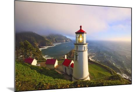 Heceta Head Lighthouse, Oregon Coast, Pacific Ocean, Pacific Northwest-Craig Tuttle-Mounted Photographic Print