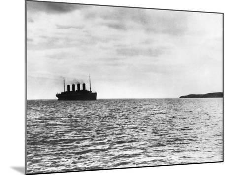 The Titanic Setting Off--Mounted Photographic Print