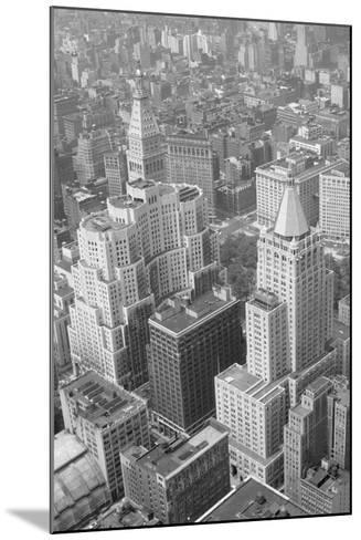 Metropolitan Life Insurance Co Building--Mounted Photographic Print