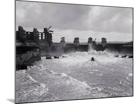 Construction of the Panama Canal--Mounted Photographic Print