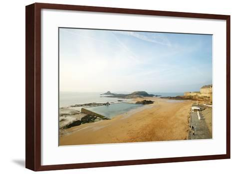 Old Town, St. Malo, France-Stefano Amantini-Framed Art Print