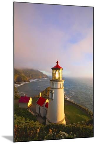 Heceta Head Lighthouse, Oregon Coast, Pacific Ocean, Pacific Northwest-Craig Tuttle-Mounted Photographic Print