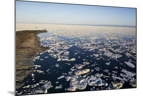 Sea Ice, Hudson Bay, Nunavut, Canada-Paul Souders-Mounted Photographic Print
