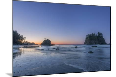Second Beach Dawn-Rob Tilley-Mounted Photographic Print