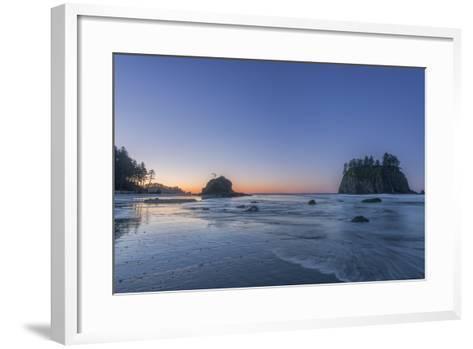 Second Beach Dawn-Rob Tilley-Framed Art Print
