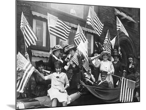 Suffragettes Celebrating Passing of 19Th Amendment--Mounted Photographic Print