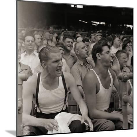 Men Booing Cincinnati Reds--Mounted Photographic Print