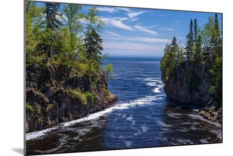 Temperance River, Lake Superior-Steven Gaertner-Mounted Photographic Print