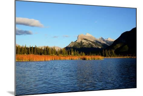 Mount Rundle and Vermilion Lakes in Autumn,Canadian Rockies,Canada-Tatsuo115-Mounted Photographic Print