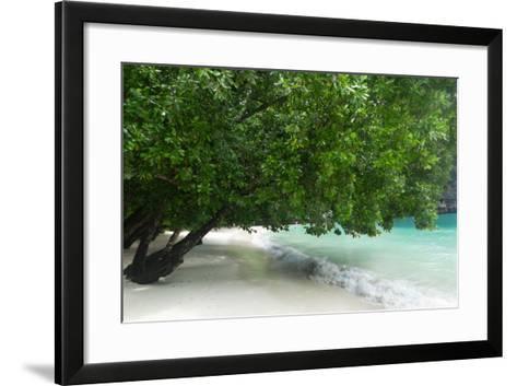 Hong Island Beach in Krabi Thailand-weltreisendertj-Framed Art Print