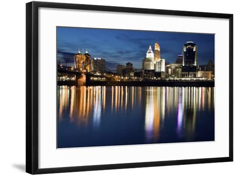 Cincinnati-benkrut-Framed Art Print