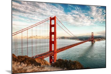 Golden Gate Bridge, San Francisco-vent du sud-Mounted Photographic Print