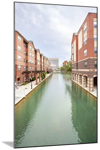 Indiana Central Canal, Indianapolis, Indiana, Usa-Sopotniccy-Mounted Photographic Print