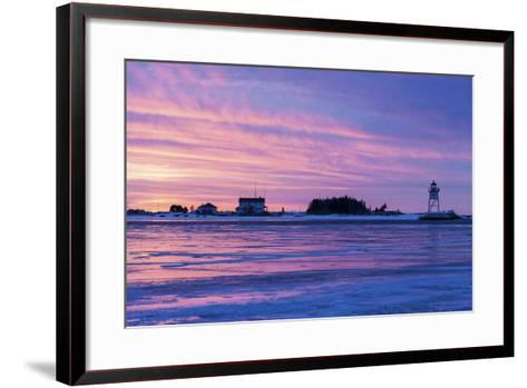 Grand Marais Lighthouse-benkrut-Framed Art Print