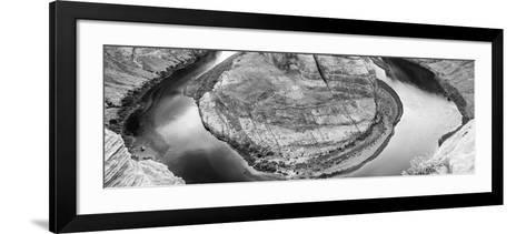 Horseshoe Bend-mariakraynova-Framed Art Print