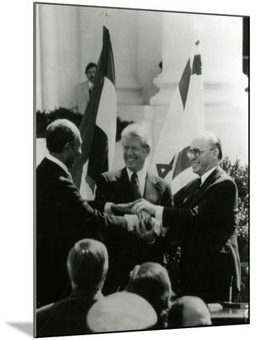 Jimmy Carter, Sadat, Begin--Mounted Photographic Print