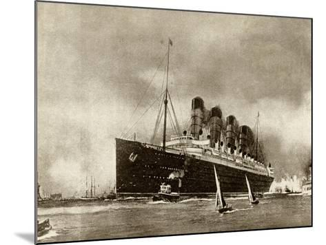 Cunard Liner Lusitania 1915--Mounted Photographic Print