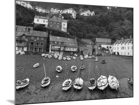 Clovelly Harbour--Mounted Photographic Print