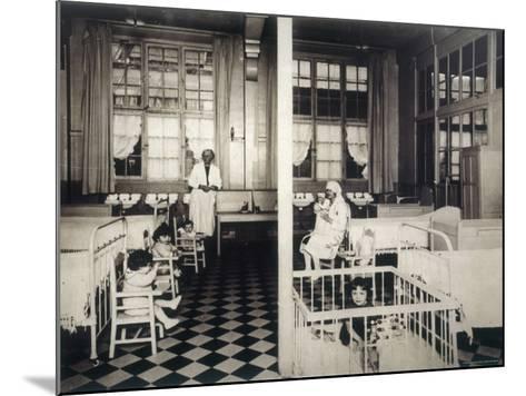 Children's Ward--Mounted Photographic Print
