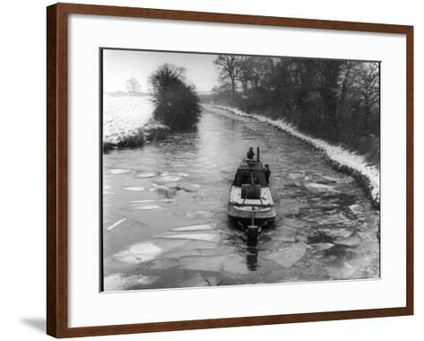 "An ""Icebreaker"" Narrow Boat--Framed Art Print"