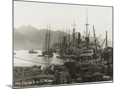 Tenerife - Canary Islands, Spain - Santa Cruz De Tenerife--Mounted Photographic Print