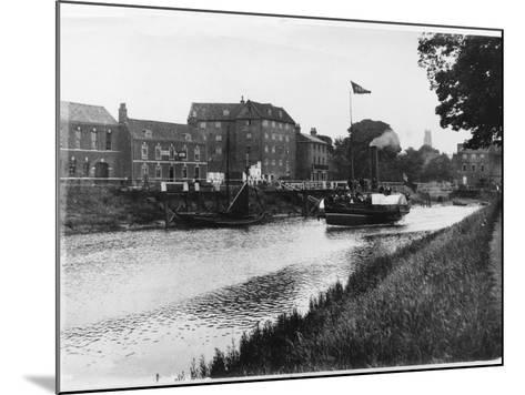 A Paddle Steamer Carries Excursionists on the River Witham at Boston, Lincolnshire, England--Mounted Photographic Print