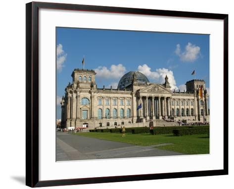 Front View of the Reichstag Building, Berlin, Germany--Framed Art Print