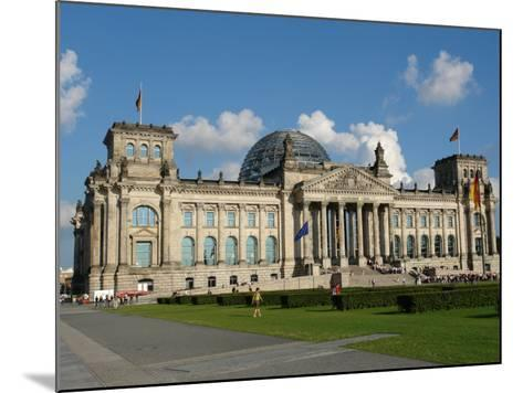 Front View of the Reichstag Building, Berlin, Germany--Mounted Photographic Print