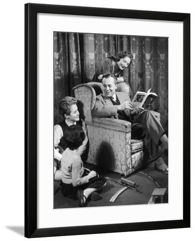 A 1950s Family Living Room-Heinz Zinram-Framed Art Print