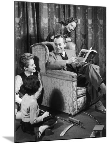 A 1950s Family Living Room-Heinz Zinram-Mounted Photographic Print