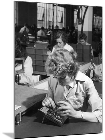 Female Production Line Worker-Heinz Zinram-Mounted Photographic Print