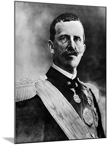 King Victor Emmanuel III--Mounted Photographic Print