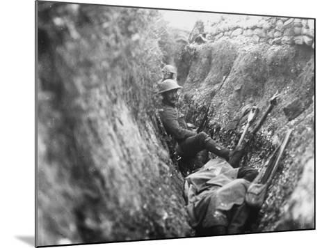 Somme Trench 1916-Robert Hunt-Mounted Photographic Print