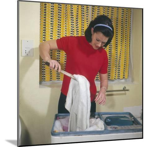 Housewife Using Twin Tub--Mounted Photographic Print