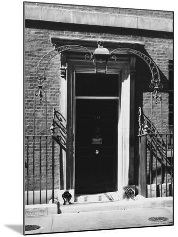 No 10 Downing Street Doorway--Mounted Photographic Print