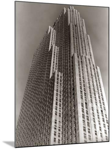 Shot Looking Upward at Rockefeller Center Skyscraper-H^ Armstrong Roberts-Mounted Photographic Print