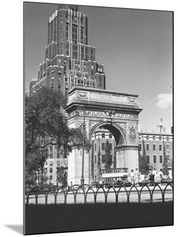 Washington Square Arch, New York City-George Marks-Mounted Photographic Print