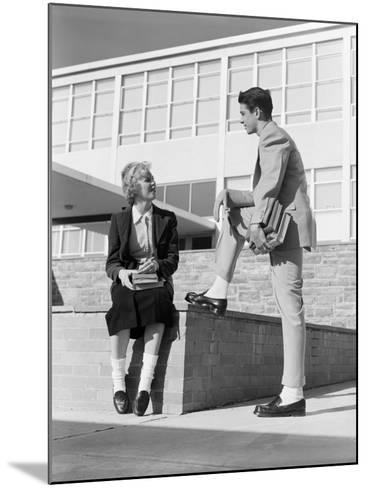High School Boy and Girl Talking-H^ Armstrong Roberts-Mounted Photographic Print