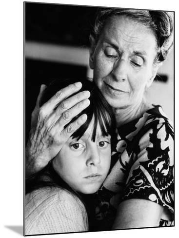Grandmother and Granddaughter-H^ Armstrong Roberts-Mounted Photographic Print