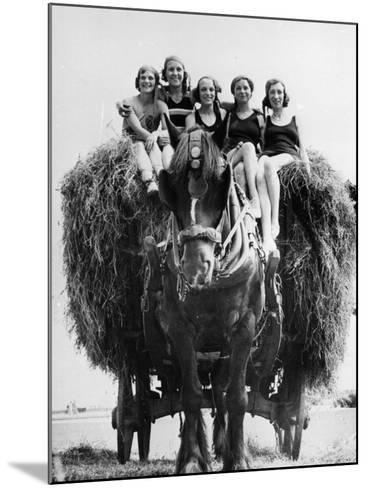 Ride on Hay Cart--Mounted Photographic Print